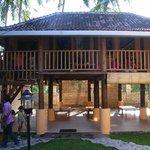 "Kinderprojekt Sternenland ""Yayasan Tanah Bintang"" in Kerandangan nur wenige Mi"
