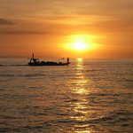 Sonnenuntergang am Strand vom Batu Bolong