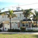 Coconut Inn