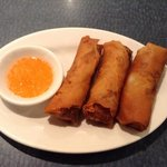 fried spring rolls with bland sauce