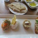 Chris's Beacon Point Restaurant & Villas照片