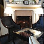 Lobby - Sitting area by the fireplace - very cozy!