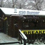 520 Burger-Snowy Day!