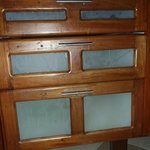 vieux tiroirs, vires brisées