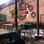 Billede af Camp street patio