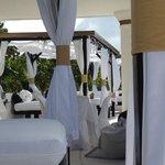 VIP Pool - Upper level - hookah bar