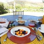 Petit Dejeuner sur le terrace