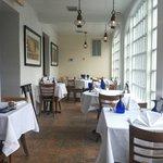 Cedar Hollow Inn Restaurant & Bar