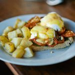 Roasted Tomato and Basil Eggs Benedict