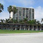 Catamaran Resort Hotel Mission beach