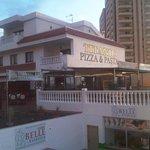 Photo of Titanic Pizza