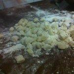 preparazione gnocchi di patate fatto in ca