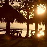 Strandbereich bei Sonnenuntergang