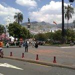 Cerca de esta bella ciudad Quito