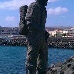 Waterfront statue - Puerto De Rosario