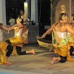 ENTERTAINMENT AT THE CENTARA VILLAS