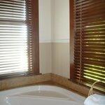 Bath Master Suite