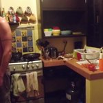 Cuisine avec poêle au gaz et grand frigo - Casa de la Paz