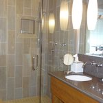 Bathroom w/ wonderful shower in Madrone