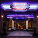Welcome to Angel City Diner, a true blue 50's era American diner in the heart of Bangkok.