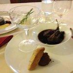 pere al vin brulèe con gelato