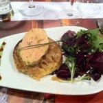Entrée tatin d oignon avec du foie gras! un délice!!!!