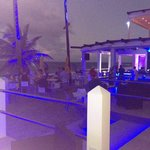 outside deck/bar