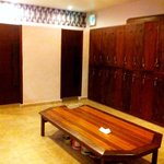 Lockers, showers and toilets