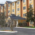 Microtel Inn & Suites by Wyndham Pigeon Forge, TN