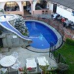 pool& breakfast area