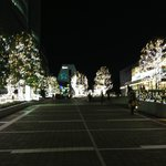 Walk way to the Shinjuku Station