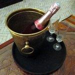 ハネムーンのシャンパン