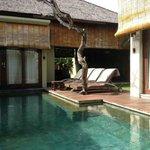 2-bed Villa pool area
