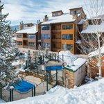 Photo de Kutuk Condominiums by Steamboat Springs