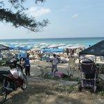 """la spiaggia vista dal """"lungomare"""""""
