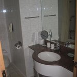 bathroom 2805