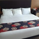 así nos recibe nuestra amplia habitación en hotel Krystal Cl