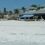 Traumhafter Platz am Strand für's Mittagessen