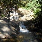Fluss, den man fusslaeufig erreicht und in dem man herrlich frisch baden kann!
