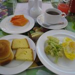 セントラルホテルでの朝食一例