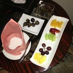 Complementary Fruits with Yummmy Chocolate !