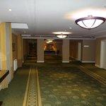 Uno de los pasillos elegantes.
