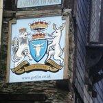 The Dartmouth Arms.