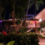 Hotel La Playa Courtyard