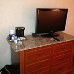 Dresser/TV
