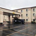 수퍼 에이트 모텔 - 맨체스터, 코네티컷