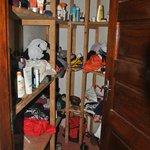 begehbarer Kleiderschrank am Zimmer angrenzend!