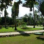Une petite partie des jardins de l'hôtel