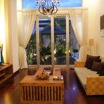 living area spacious