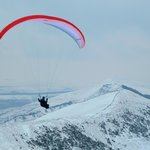 Paragliders from Mam Tor